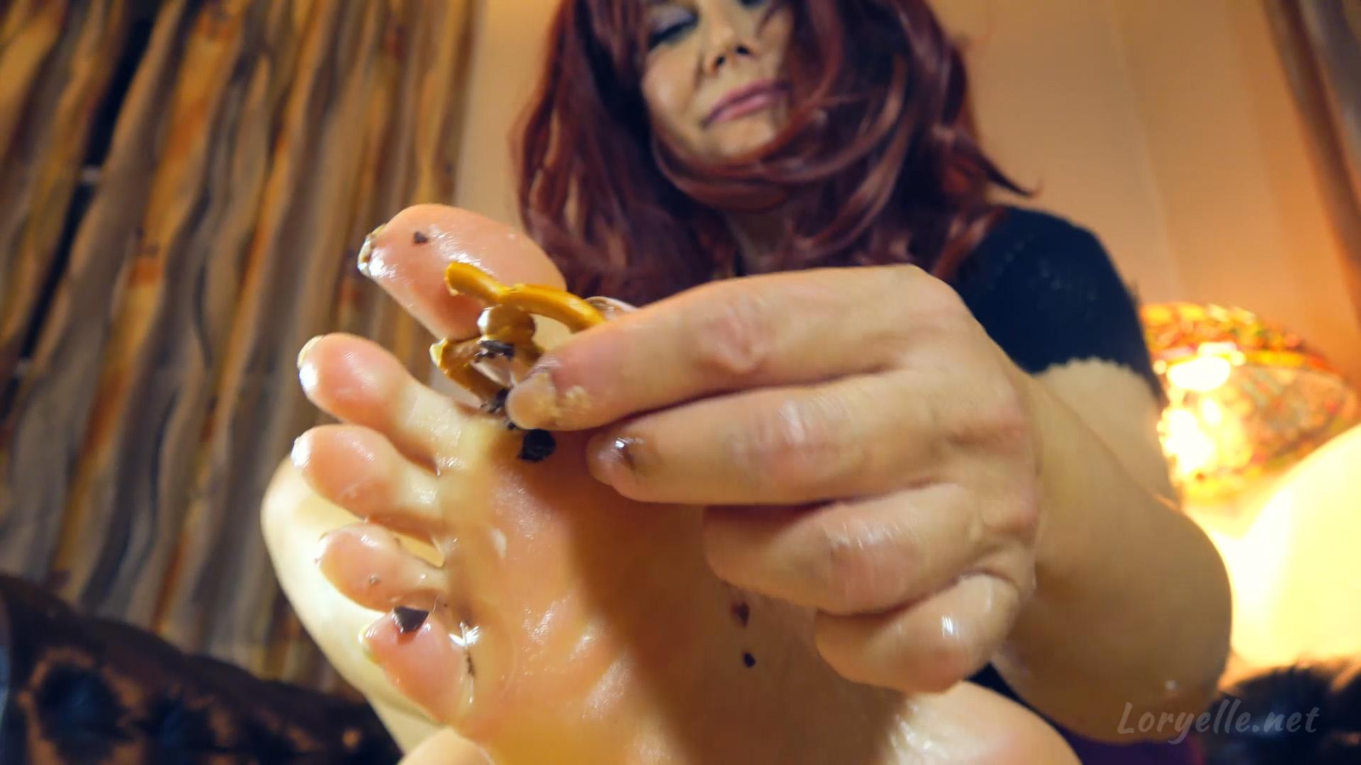 Loryelle Sweaty Sweet Salty Foot Fetish Wet Messy