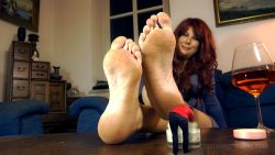 Giantess Loryelle Foot Slave of Giant Stepmom SFX