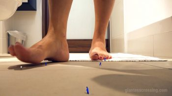 Giantess Loryelle Mistaken for Blue Bugs SFX Foot Fetish