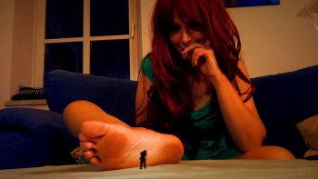 Giantess Loryelle Crushing You Softly with Feet SFX