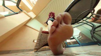 Loryelle Giantess Boss Punishes Employees Foot Fetish
