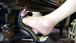 Loryelle Foot Fetish Dangling Sandals