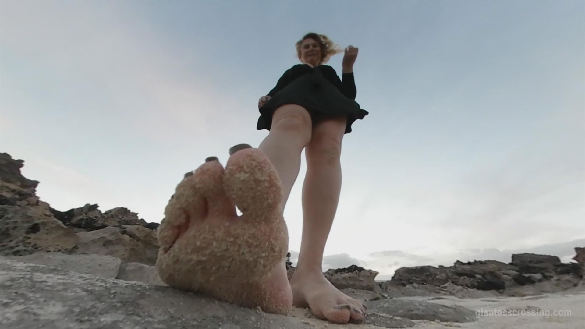 Shipwrecked GTS Island Loryelle vr360 Foot Fetish