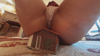 GTS Loryelle Real Estate Agent Biggest Deal Giantess Butt Crack