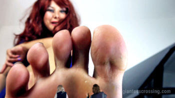 GTS Loryelle stepmom giantess bare feet fetish