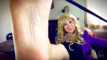 Foot Slave Boss Daughter Loryelle