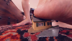 Loan Shark Giantess Loryelle Fetish Fantasy Patent Heels